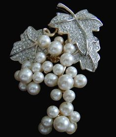 Pearl Grape Cluster Brooch With Diamond Leaves