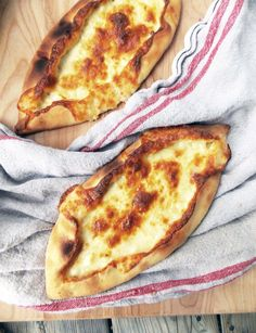 Who doesn't love a gooey flat bread? This Cheese Pide - Turkish-style pizza is loaded with delicious mozzarella and feta. You won't resist these guys!
