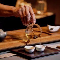 Tea traditions, tea history and anything that is related to tea culture. Best Teas For Health, Best Tea Brands, Chinese Black Tea, Best Matcha Tea, Berlin, Best Herbal Tea, Tea Plant, Best Green Tea, Pu Erh Tea
