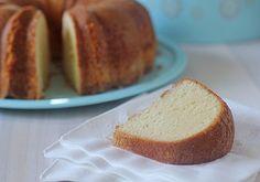 Southern Pound Cake (secret ingredient...ground mace)