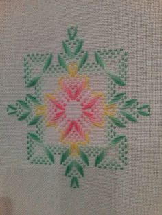Ribbon Embroidery, Embroidery Stitches, Embroidery Patterns, Swedish Weaving Patterns, Swedish Embroidery, Monks Cloth, Cat Cross Stitches, Hello Kitty Wallpaper, Bead Loom Patterns
