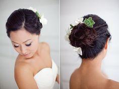 Eine süße Hochzeit mit Sukkulenten im Haar | Friedatheres