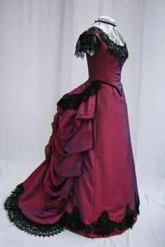 bustle era dresses | ... Wedding Gowns on Diego Bridal Gowns On Love Victorian Dresses