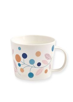 This beautiful cup with a modern retro floral design adds a bit of charm to everyday. Designed in France for Atomic Soda by Maison Mini Labo.