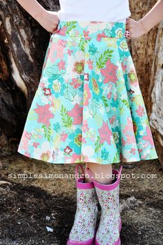 Simple Simon & Company: A Circle Skirt.....WITH POCKETS! (And a tutorial for the pockets)