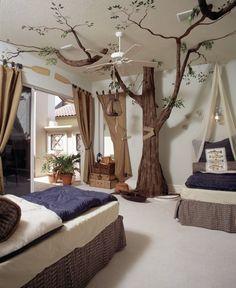 deco-plafond-chambre-enfant-tente-arbre-lit-coussins-tableau