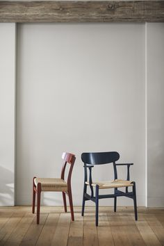 Iconic Dresses, Nordic Design, Wishbone Chair, Danish Design, Chair Design, Icon Design, Color Schemes, Lounge, Colours