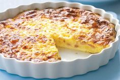 Quiche Lorraine without dough recipe Weight watchers. I propose you a tasty recipe of quiche lorraine without paste, simple and easy to realize. Bisquick Impossible Quiche Recipe, Ww Recipes, Cooking Recipes, Family Recipes, Pizza Recipes, Chicken Recipes, Healthy Recipes, Ham And Cheese Quiche, No Pastry Quiche