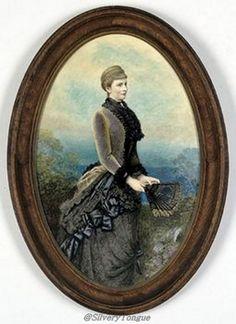 Ovaal portret van Keizerin Elisabeth.