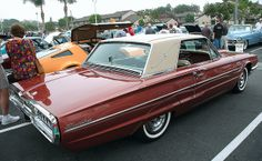 1965 Ford Thunderbird coupe - beige over rootbeer