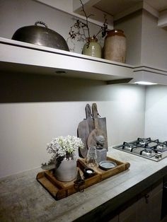 living room ideas – New Ideas Kitchen Cabinet Colors, Kitchen Cabinets, Kitchen Design, Kitchen Decor, Kitchen Ideas, Kitchen Rules, Kitchen Utilities, Interior Walls, Home Kitchens