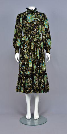 62eec0d20d4 18 best Fashion ~ 1970s images in 2018   1970s, Fashion vintage ...