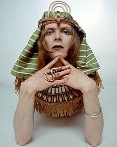 Good morning!  Hope you all have a lovely Saturday.  #David #DavidBowie #DavidBowieLove #DavidBowieForever #Bowie #BowieLove #BowieForever #HunkyDory #RIPDavidBowie #Starman #Kooks #Quicksand #AndyWarhol #TheManWhoFellToEarth #TheManWhoSoldTheWorld #ThinWhiteDuke #Ziggy #ZiggyStardust #AladdinSane #ThankYou #Love #Blackstar