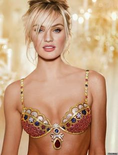 Supermodel Candice Swanepoel must feel like a million bucks rocking this Victoria's Secret Royal Fantasy Bra! Well, more like 10 MILLION bucks! Candice will be wearing this majestic bra at … Victoria Secret Angels, Show Victoria Secret, Model Victoria, Victoria Secret Lingerie, Victoria Secrets, Belle Lingerie, Sexy Lingerie, Luxury Lingerie, Wedding Lingerie