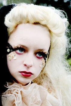 Bizarre Obsessions: 'Alice in Wonderland' Makeup
