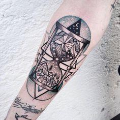 Source - 60 Hourglass Tattoo Ideas  <3 <3