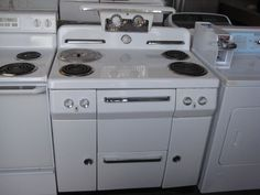 Garland 36 commercial electric 4 burner range flattop for What is the bottom drawer of an oven for