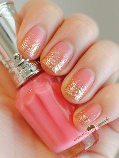 Pink & Gold nail polish gradient
