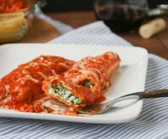Spinach Manicotti with Tomato Cream Sauce   http://www.sunnysideupsd.com/2012/10/spinach-manicotti-tomato-cream-sauce/#