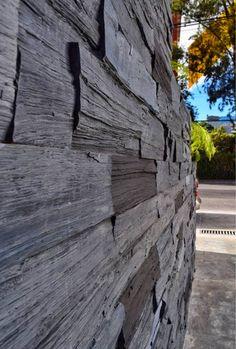 Increíble textura de nuestro panel duelas de madera en color negro