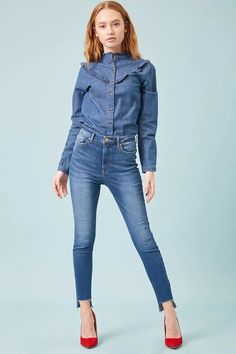 Product Name:Skinny Mid-Rise Jeans, Category:bottom_jeans, Price:29.9