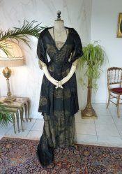 Dresses/Gowns 1900-1919 | Antique-Gown - www.antique-gown.com 1918 Fashion, Edwardian Fashion, New York Fashion, Vintage Fashion, Old Fashion Dresses, Lace Summer Dresses, Under Dress, Gold Dress, Lace Sleeves