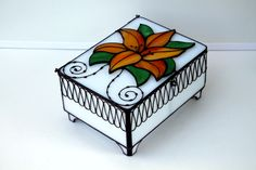 Шкатулка для драгоценностей (витраж) - stained glass box