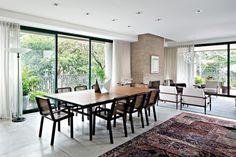 Apartamento de Luciana Brito é uma extensão da sua galeria de arte (Flávia Brito e Rebeca Borin)