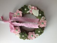 Wreath burlap felt ribbon buttons bow pink green holiday easter spring bunny flower flowers craft pairofpetals.com sizzix die cut