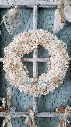 Doily wreath, vintage crochet doily art, shabby chic wreath, wall hanging, country cottage decor, farmhouse style, wedding, nursery, romantic home