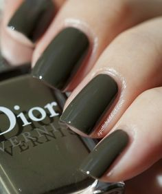Olive nails
