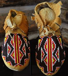 Native American Flathead Indian Smoked Hand-Tanned Beaded Moccasins