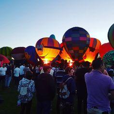 Zuru Night Glow Balloon baalllooon!! zurunightglow hotairballoons waikatoballoonfestival
