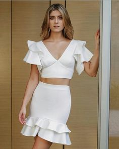 Fashion Silhouette, Fashion Outfits, Womens Fashion, Fashion Trends, White Outfits, Blouse Styles, Brunch, Pattern Fashion, Clothing Patterns