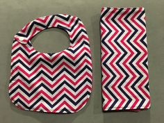 Custom Bib and Burp Cloth Set, Personalized Bib and Burp Cloth, Personalized Burp Cloth, Custom Baby Gift, Baby Shower Gift