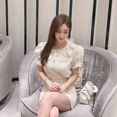 Yoon Mi Rae, Cute Japanese Girl, Yu Jin, Korean Dress, Beautiful Asian Women, Asian Woman, Asian Beauty, Korean Fashion, Winter Fashion