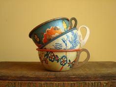 Tin toy teacups, Ohio Art set of 3, vintage collectibles. $25.00, via Etsy.