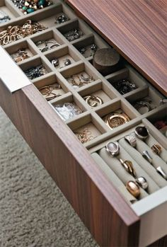 Trendy Ideas Jewerly Storage Design Walk In Ikea Storage Drawers, Dresser Drawer Organization, Closet Drawers, Wardrobe Organisation, Closet Storage, Diy Organization, Organizing Tips, Dresser Drawers, Bedroom Storage
