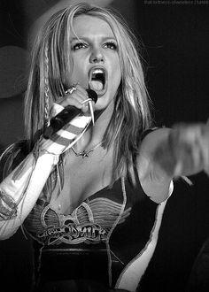 Britney @ Super Bowl 2001