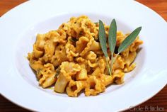 Pasta with Pumpkin Sauce - Never thought to use pumpkin in a pasta sauce... might be really really good.