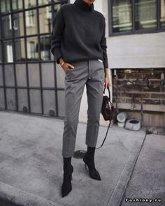 Minimalist outfit ideas - Wear to Work Outfits Office Fashion, Work Fashion, Trendy Fashion, Winter Fashion, Style Fashion, Fashion Outfits, Fashion Ideas, Cheap Fashion, Dress Outfits