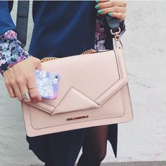 """Martina Martiala having a dusty pink flower power kind of day with Karl Lagerfeld bag and Shell'Oh! iPhone case  * the case is called """"Garden Party"""" and can be found on our webshop"""