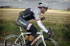 E3 Harelbeke 2015 Fabian Cancellara got back on his bike but was clearly in pain (Bettini Photo)