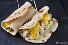 http://blogexquisit.blogs.ar-revista.com/2011/11/02/sandwich-de-pollo-y-mango-al-curry/