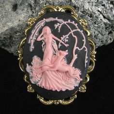 Art Deco Style Pink and Black Cameo Brooch or by Hurstjewelry