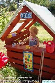 21 coole Paletten-Inspirationen, mit denen Kinder in den Ferien die Langeweile loswerden - - Der Sommer ist voller Spaß. 21 coole Paletten-Inspirationen, mit denen Kinder in den Ferie Backyard Projects, Diy Pallet Projects, Garden Projects, Backyard Kids, Backyard Playground, Kids Outdoor Play, Outdoor Play Areas, Pallet Exterior, Pallet Kids