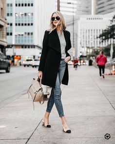 "LIKEtoKNOW.it (@liketoknow.it) en Instagram: ""Save big on your winter wardrobe classics care of @fashion_jackson's #LTKunder100 car coat find |…"""