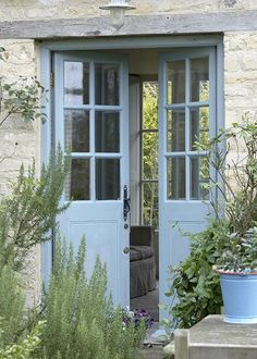 Looking for new trending french door ideas? Find 100 pictures of the very best french door ideas from top designers. Style Cottage, Rustic Cottage, French Country Cottage, French Farmhouse, French Country Decorating, Cottage Patio, Country Charm, French Country Colors, Country Cottages