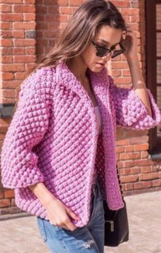 une veste réalisée en nope au tricot A jacket made of knit nope: simple to make, very warm, it's a very pretty knitted jacket in bobs, just what it takes to be warmFabulous Crochet Circular Jacket Free Pattern Ideas 2019 - Page 29 of 36 - hairstylesofwo Crochet Coat, Crochet Cardigan Pattern, Crochet Jacket, Knit Jacket, Crochet Clothes, Vest Pattern, Knitting Designs, Knitting Patterns, Crochet Patterns