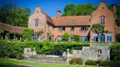 Port Lympne Wild Animal Park and Mansion in Kent can provide animal-loving couples with far more than just the 'bare necessities' – they have a lot to offer! Home to a variety of rare species, this venue is a really unique place to host your romantic celebrations and will give you the opportunity to have some seriously cool animals at the wedding.